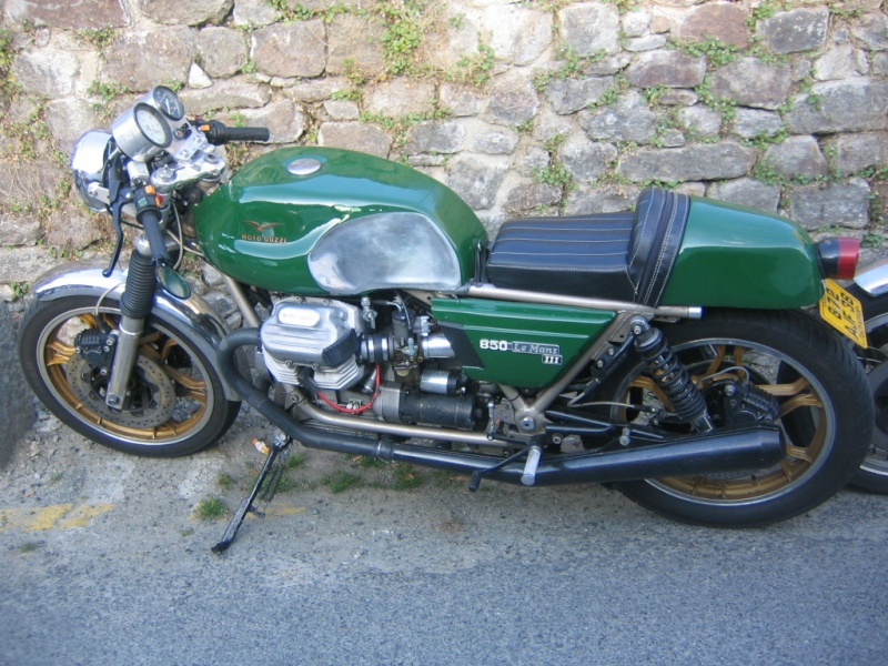 Moto Cafe Racer Dinan