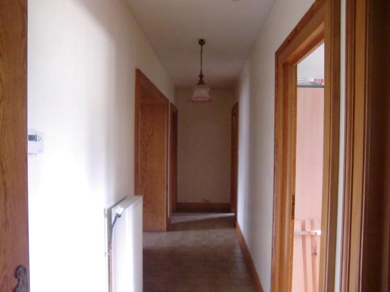 couleur pour un couloir et une entr e. Black Bedroom Furniture Sets. Home Design Ideas