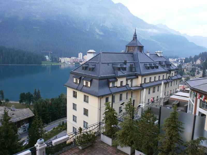 Trans alpes quatri me jour st moritz interlaken suisse for Hotel du col de fenetre