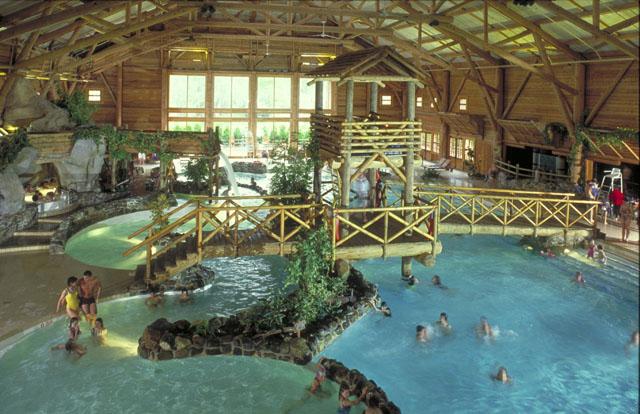 Hotel sequoia lodge for Piscine sequoia lodge