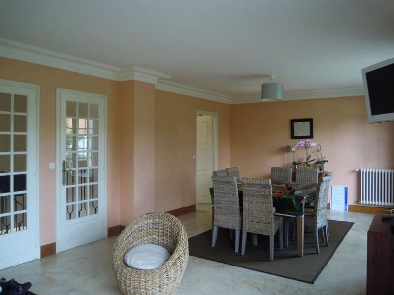 Marbre beige au sol du salon s jour besoin d 39 aide pour for Salon kaki et blanc